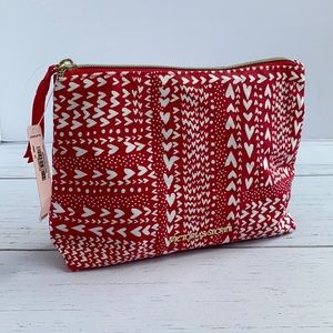 NWT Victoria Secret Red, White Hearts Cosmetic Bag